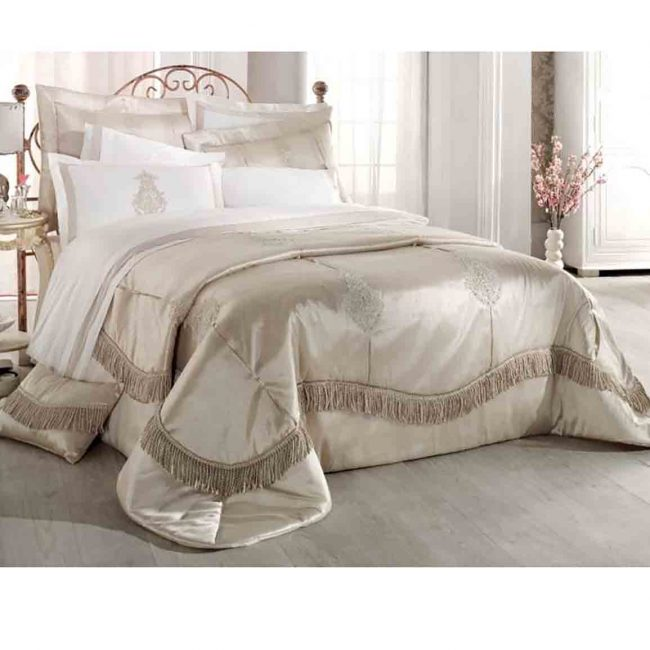 Pure Azur Bedspread Set 650x650 - Pure Azur Bedspread Set