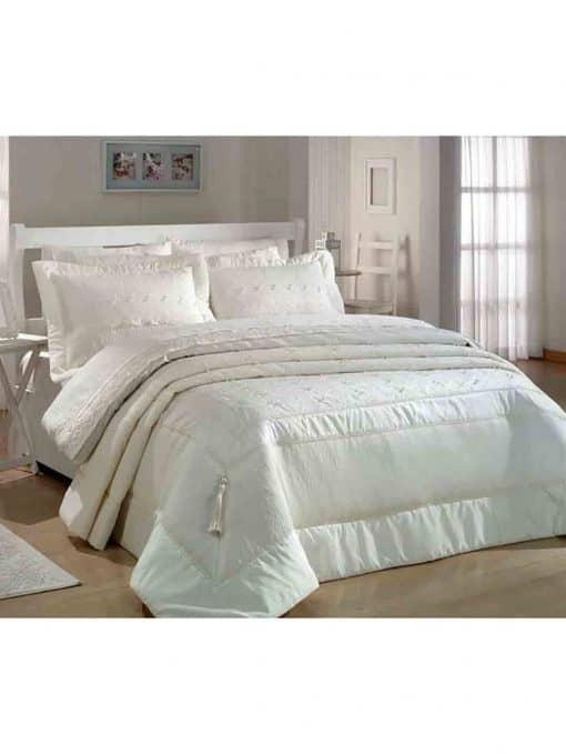 Pure Beige Charming Bedspread Set 510x679 - Pure Charming Bedspread Set