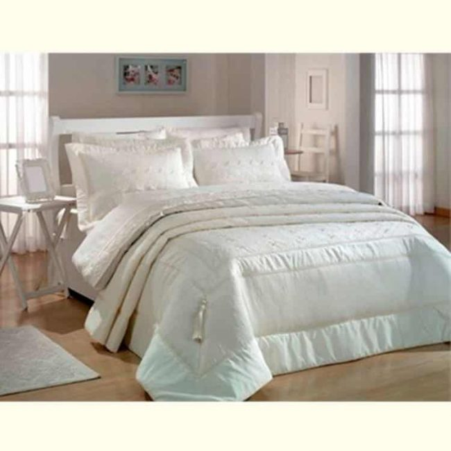 pure-beige-charming-bedspread-set