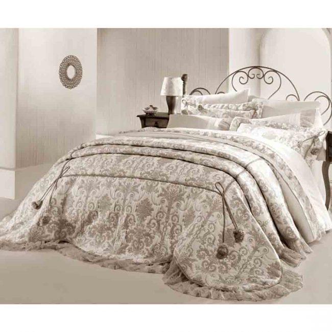Pure Beige Selender Bedspread Set 650x650 - Pure Beige Selender Bedspread Set