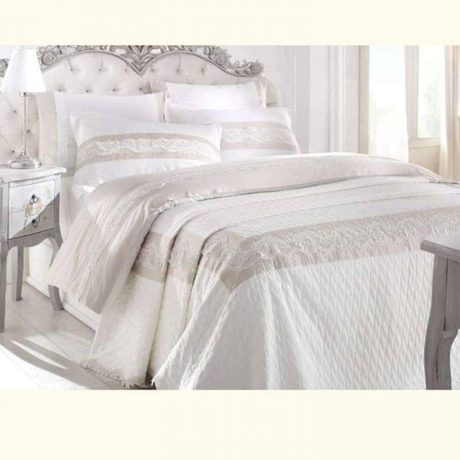 pure-lotus-bedding-set