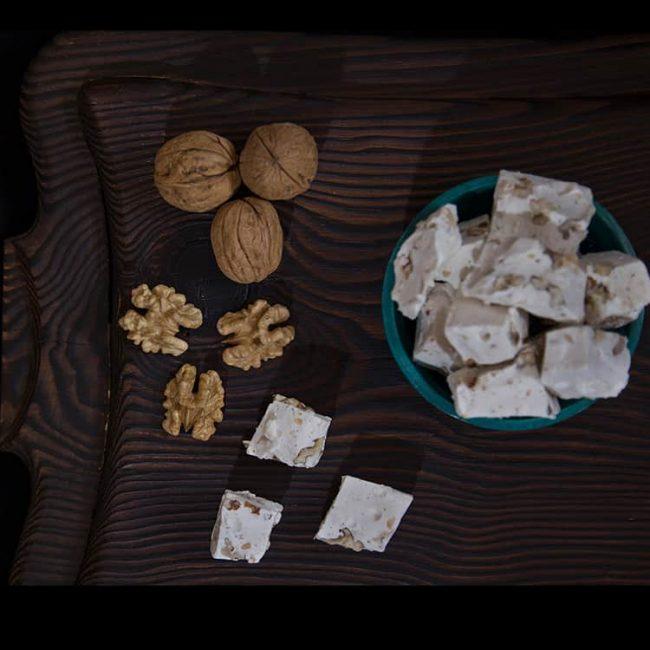 turkish-halwa-with-walnut