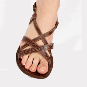 basic-leather-brown-sandals