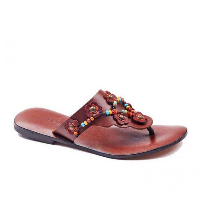 beaded up leather flip flops women 1 650x650 - Beaded Up Leather Flip Flops