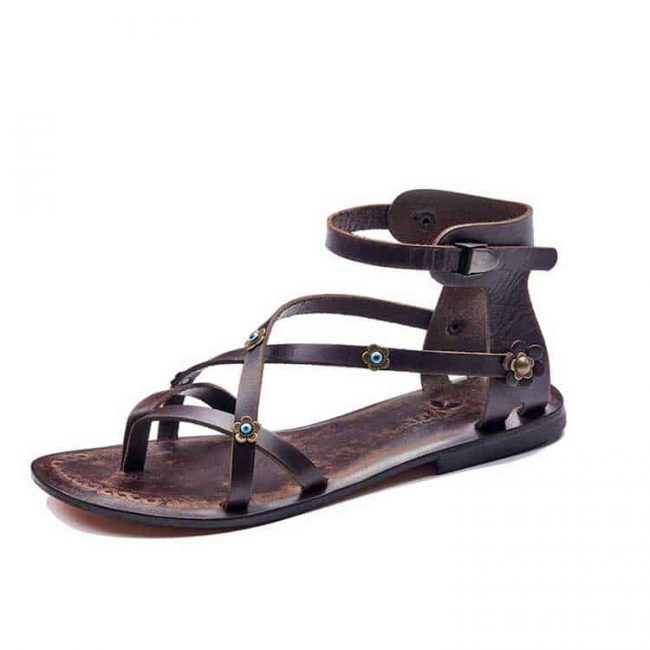 Leather strappy sandals for womens