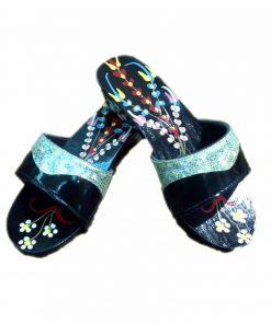 traditional-black-clogs