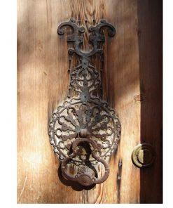 smile-together-door-knocker