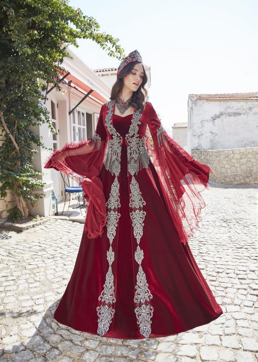 traditional turkish women's clothing