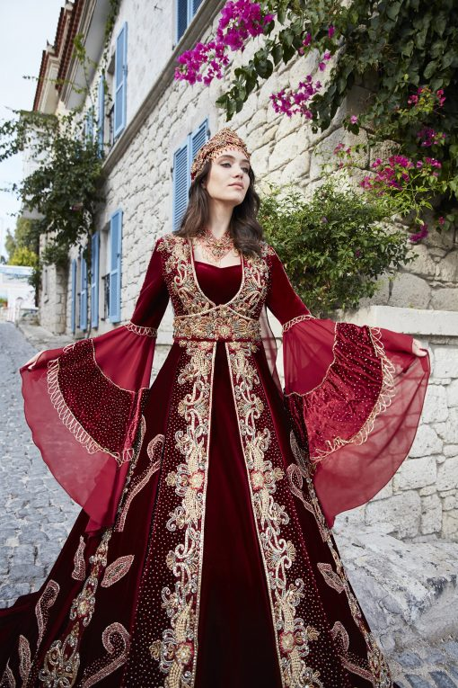 elegant engagement party dresses 2 510x765 - Elegant Red Caftan Set
