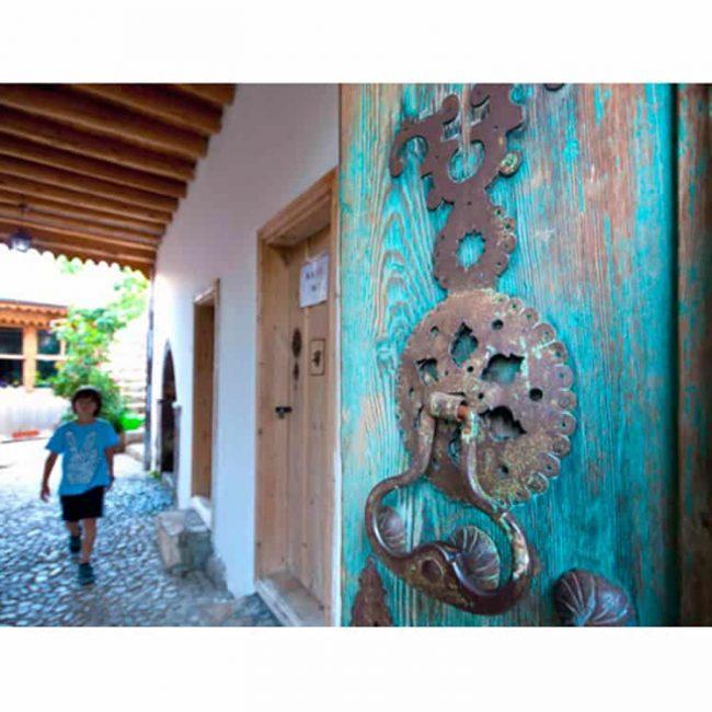 luck forever door knocker 2 650x650 - Luck Forever Door Knocker
