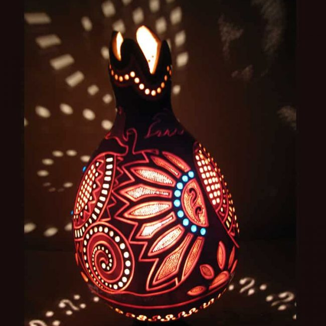 Turkeyfamousfor Colourful Gourd Lampshade 5 1 650x650 - Colorful Gourd Lampshade Carved Gourd Lamp