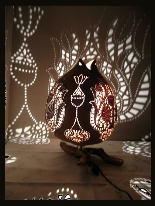 Turkeyfamousfor Hand carved Gourd Lampshade 2 1 510x680 - Hand carved Gourd Lampshade