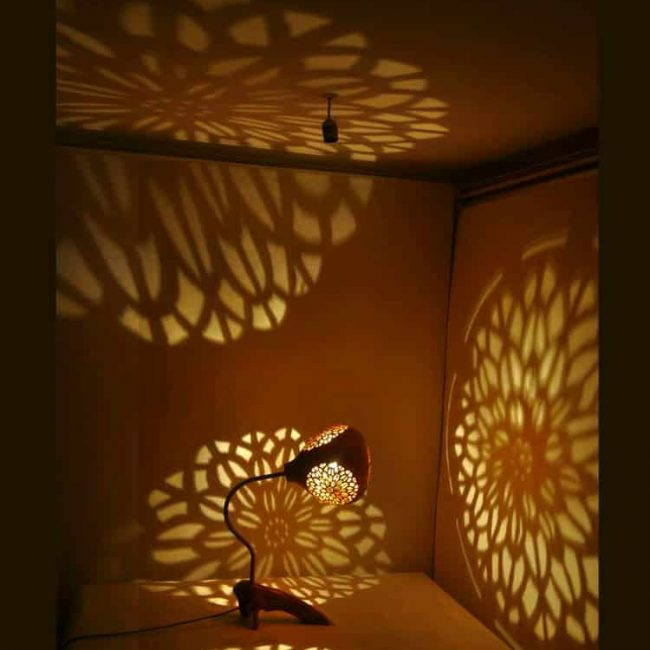 Turkeyfamousfor Handcrafted Engraving Gourd Lampshade 2 1 650x650 - Handcrafted Engraving Gourd Lampshade