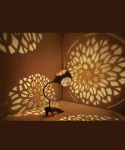 handcrafted-engraving-gourd-lampshade