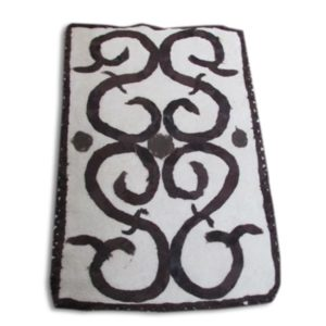 wet-felted-rug-sheep-horn-no dye-handmade decorating-hand felting projects-felting wool