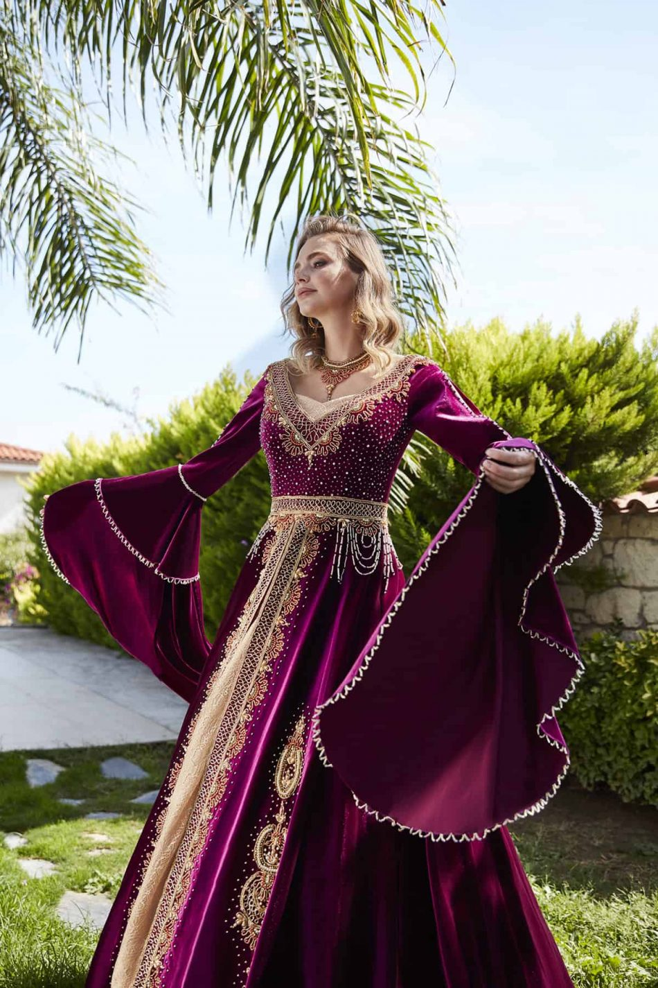 pink embellished sleeve evening gowns 3 950x1425 - Pinky Caftan Set