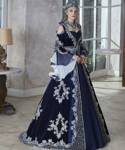 Elegant velvet Long bell Sleeves royal blue Engagement Evening Dresses 2020 Saudi Arabic Kaftan Dubai Formal Dress Bridal Party engagement Gowns
