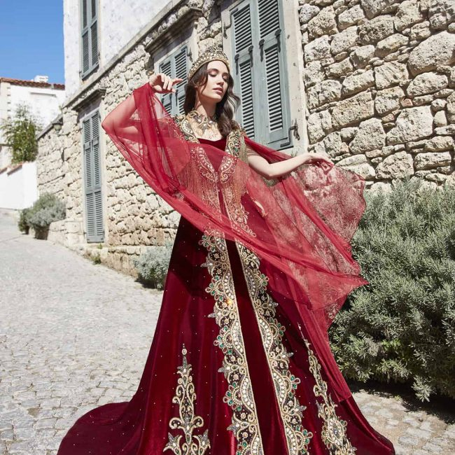 best red engagement dress for bride online 4 650x650 - Chic Caftan Set