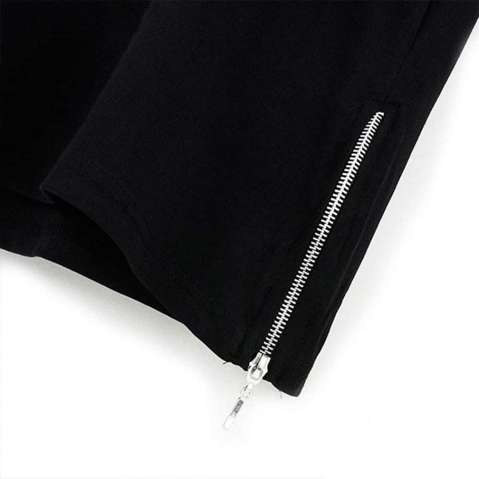 Elif Vav Neck Short Sleeve Zipper T Shirt Black And White 6 950x950 - Rumi Neck Short Sleeve Zipper T-Shirt