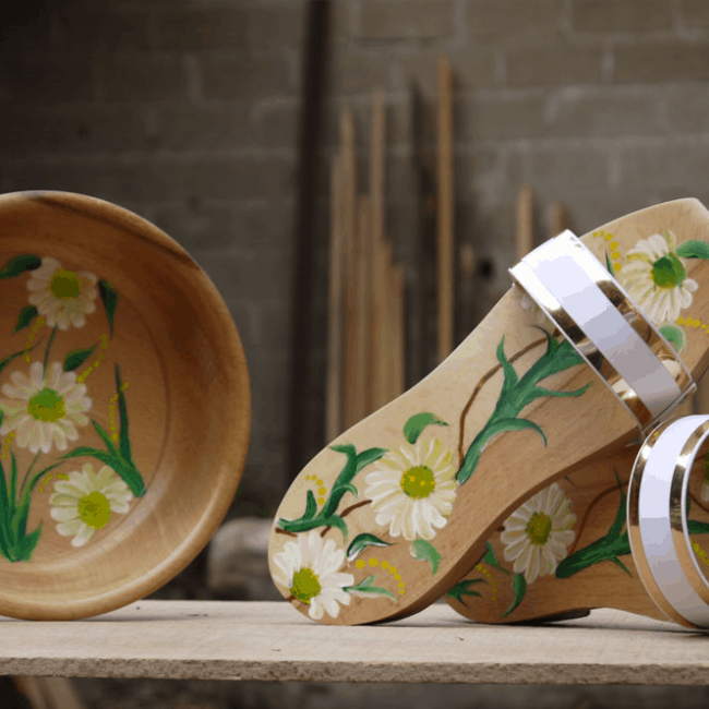 authentic dutch wooden shoes
