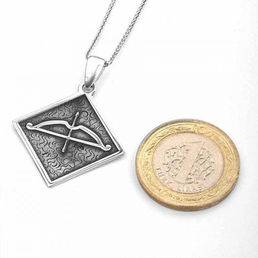 Tozkoparan Square Design Arrow Bow Silver Necklace 3 510x510 - Tozkoparan Oasis Arrow Bow Silver Necklace
