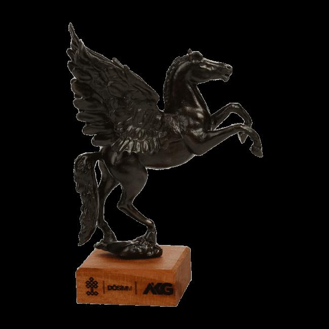 Pegasus Metal Statue 2 650x650 - Home